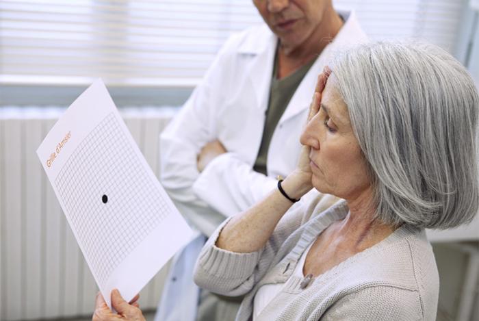 Thăm khám thường xuyên và định kỳ chuyên khoa mắt