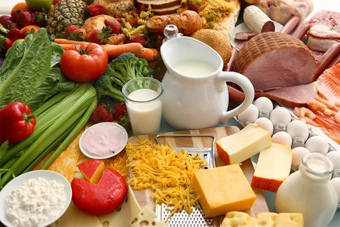 Đục thủy tinh thể nên bổ sung vitamin nhóm B để cải thiện bệnh