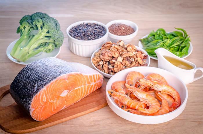 Sau khi mổ nên bổ sung omega 3 và các loại vitamin, khoáng chất cần thiết