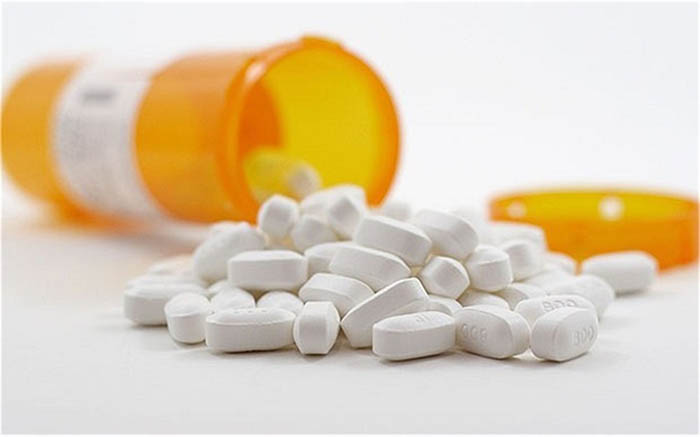 Sử dụng thuốc làm tan cục máu đông trong não cần tuân theo chỉ dẫn của bác sĩ
