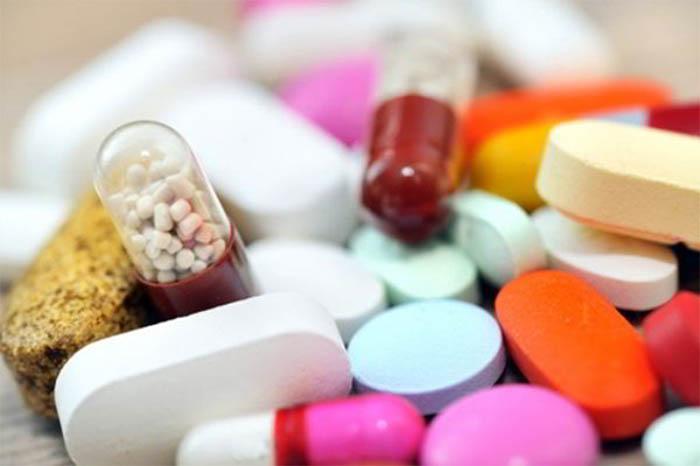 Sử dụng thuốc làm tan cục máu đông là phương pháp hàng đầu