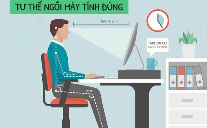 Điều chỉnh tư thế ngồi làm việc đúng là cách chăm sóc mắt loạn thị